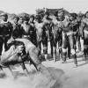 Foto disponível na campanha. LutaHuka Huka na aldeia Kamayurá, em 1978 (Milton Guran)