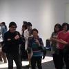 O artista Atsuhiko Misawa e a curadora Hisako Okoshi