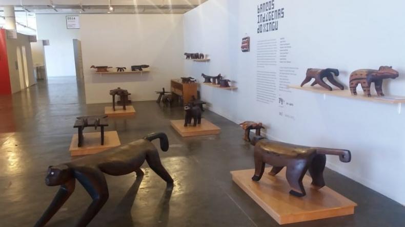 Bancos Indígenas Do Xingu estão no setor design da Sp-Arte 2019 até 7 de abril