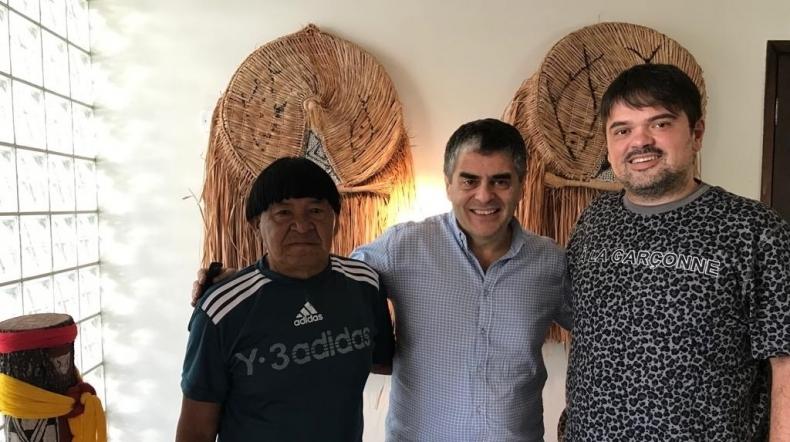 Cacique Kotok Kamayurá visita a Coleção BEI